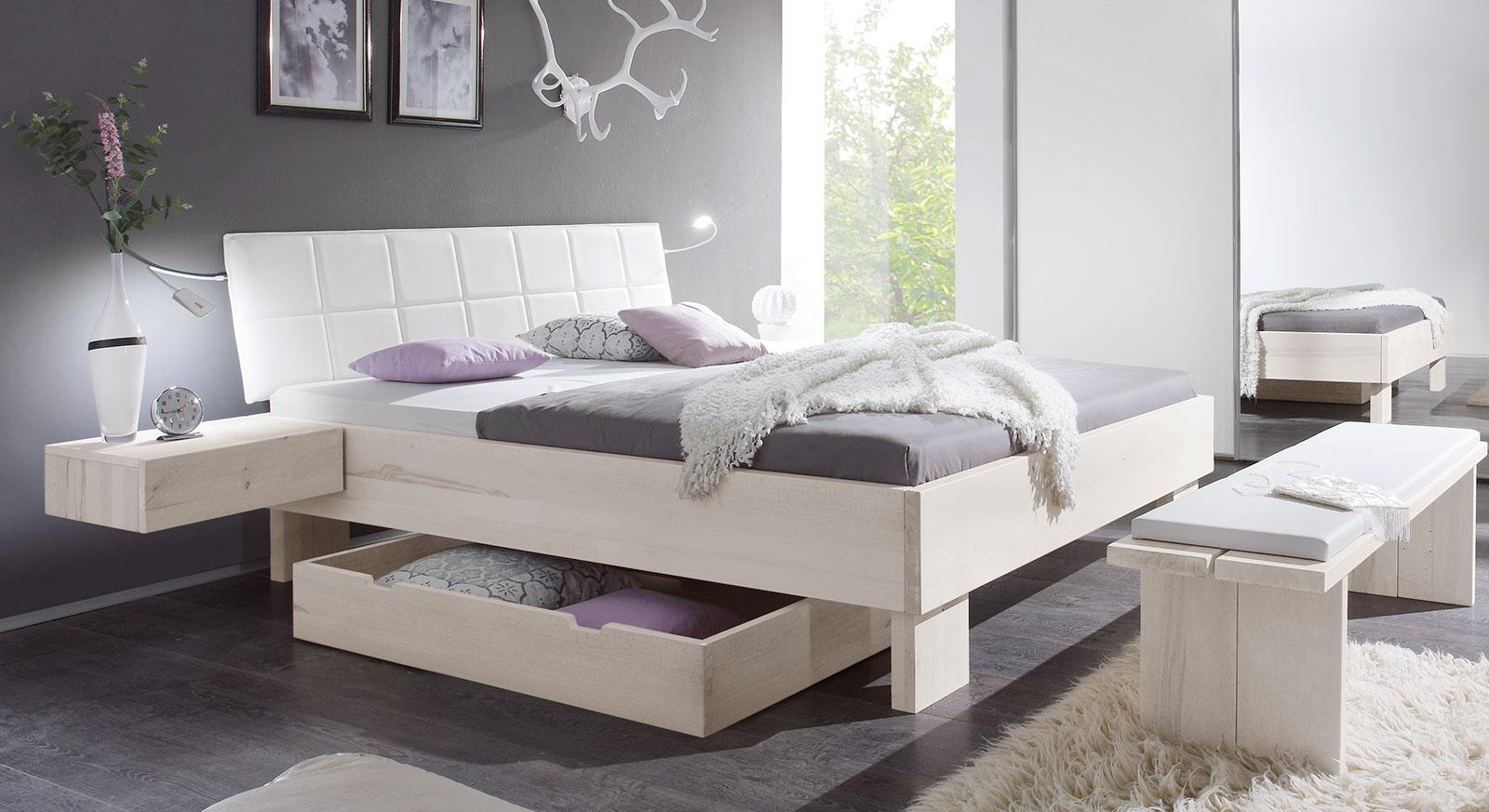 Modernes Bett Nemea in weißer Wildbuche