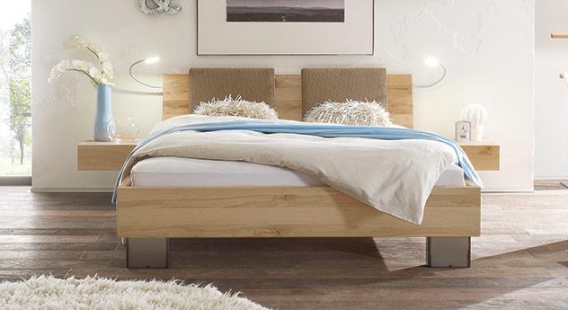 Modernes Bett Paleo in Wildbuche natur