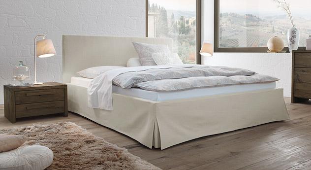 Hochwertiges Bett Pilio aus Webstoff mit Leinenanteil