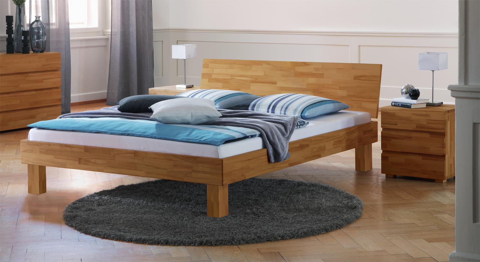 Bett Aus Unbehandeltem Holz ~ Schönes Bett Riga aus massivem Buchenholz in Bettbreite 180