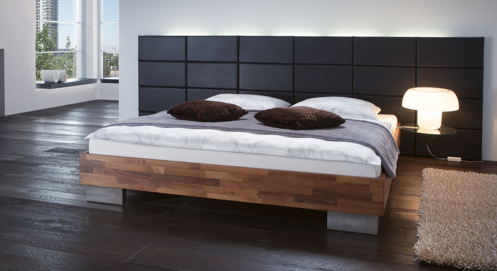 bett mit minimalistisch grauem design bilder. Black Bedroom Furniture Sets. Home Design Ideas