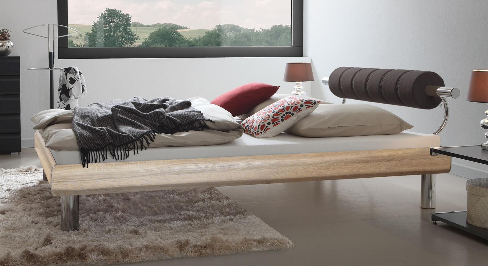 Stabiles Designerbett Rocio in Eiche mit 20cm Fußhöhe