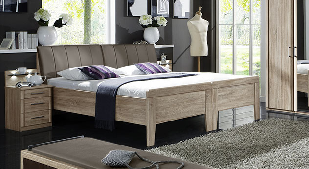 Bett Runcorn mit Doppelbett-Optik in Eiche sägerau mit Kunstlederkopfteil