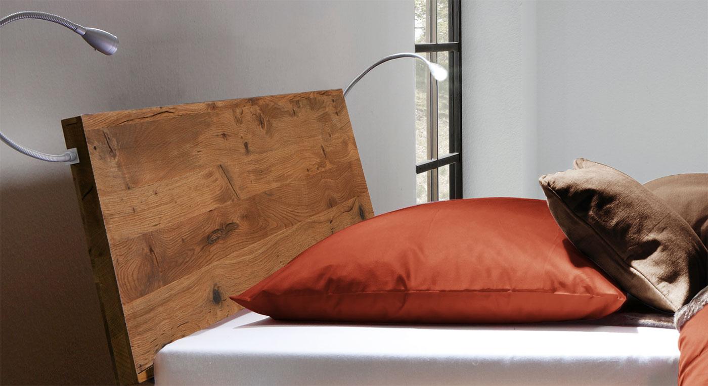 Massives Kopfteil vom Bett Santo