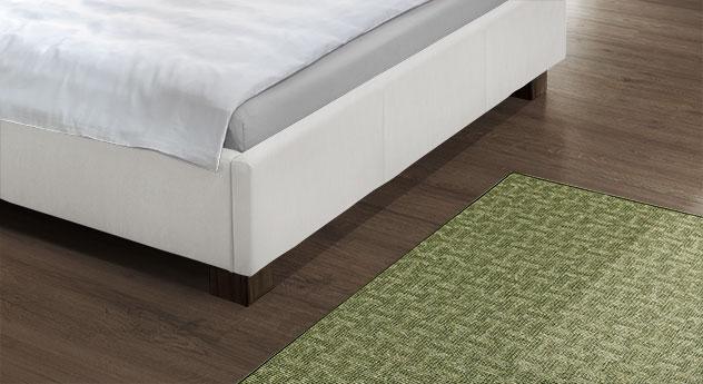 Hochwertiges Bett Serpa mit Fußbereich aus echtem Leder