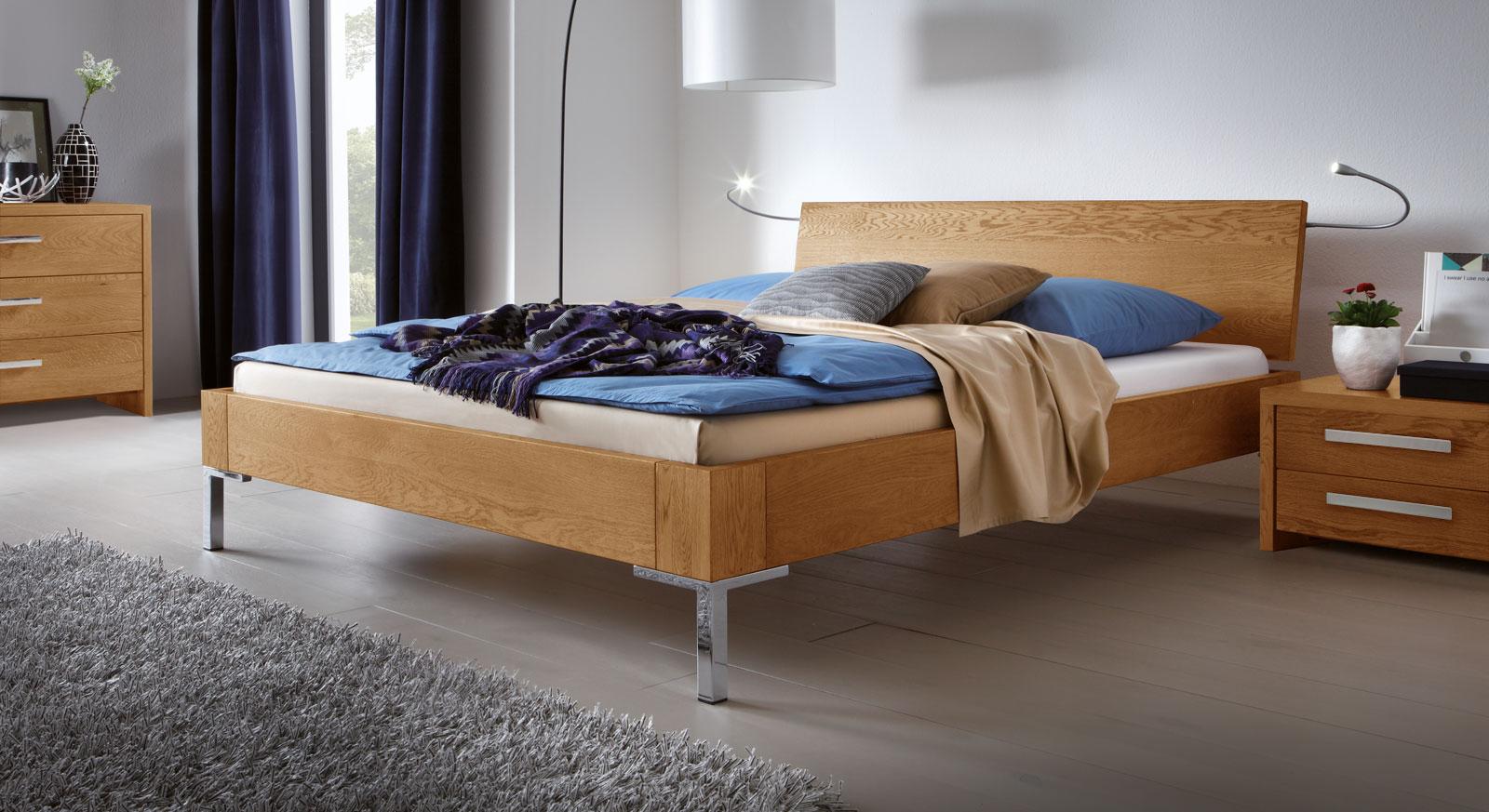 massives bett in 140x200 cm fl che eichenbett stockholm. Black Bedroom Furniture Sets. Home Design Ideas