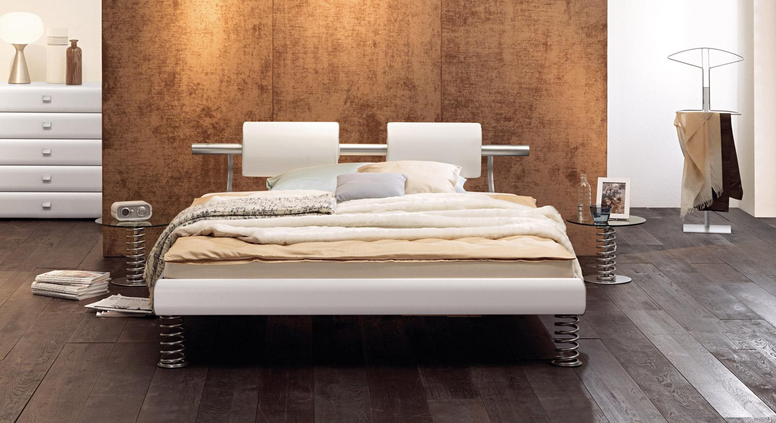 modernes designerbett mit sprungfedern und nackenrollen