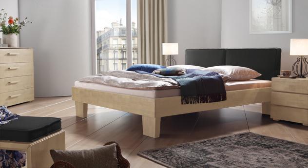 Das Bett Tiago in Buche weiß und Leinen in Anthrazit