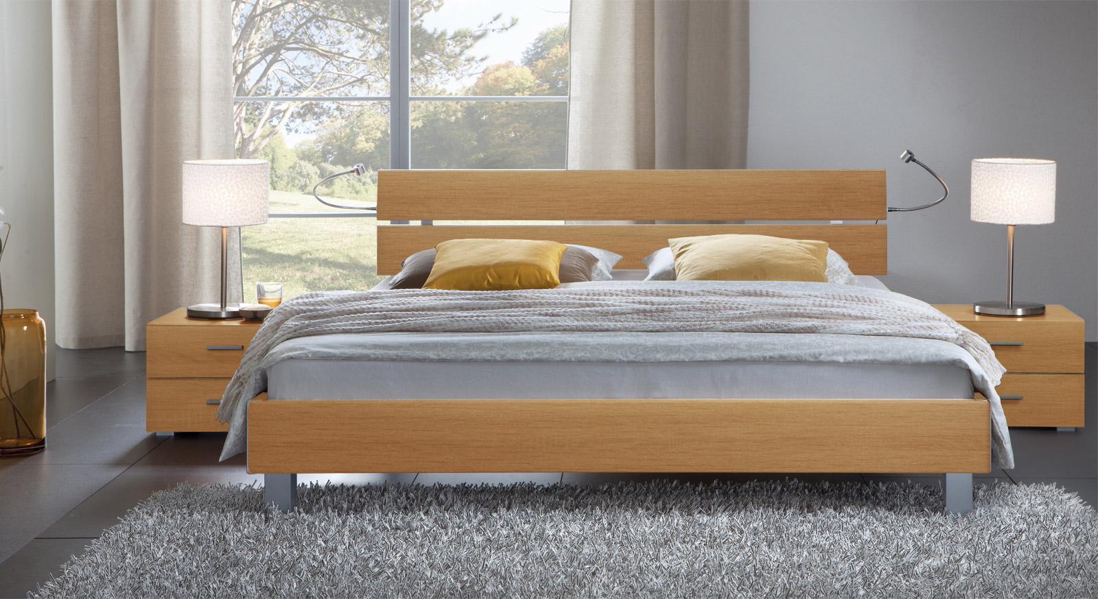 Das Bett Treviso aus MDF, buche natur