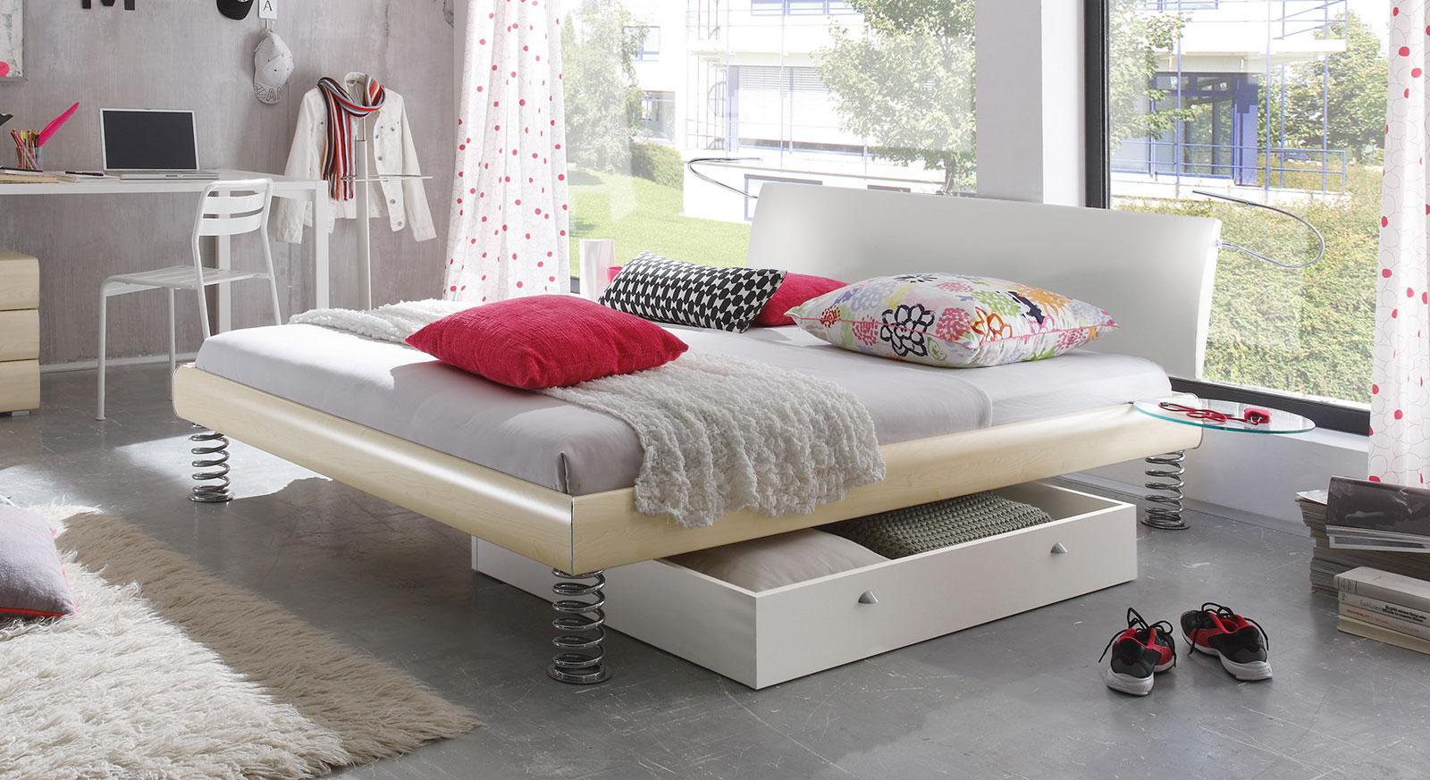 cooles einzel und doppelbett mit sprungfedern wereda. Black Bedroom Furniture Sets. Home Design Ideas