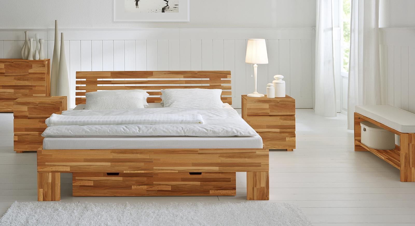 Bett White Romance aus Kernbuchen Holz