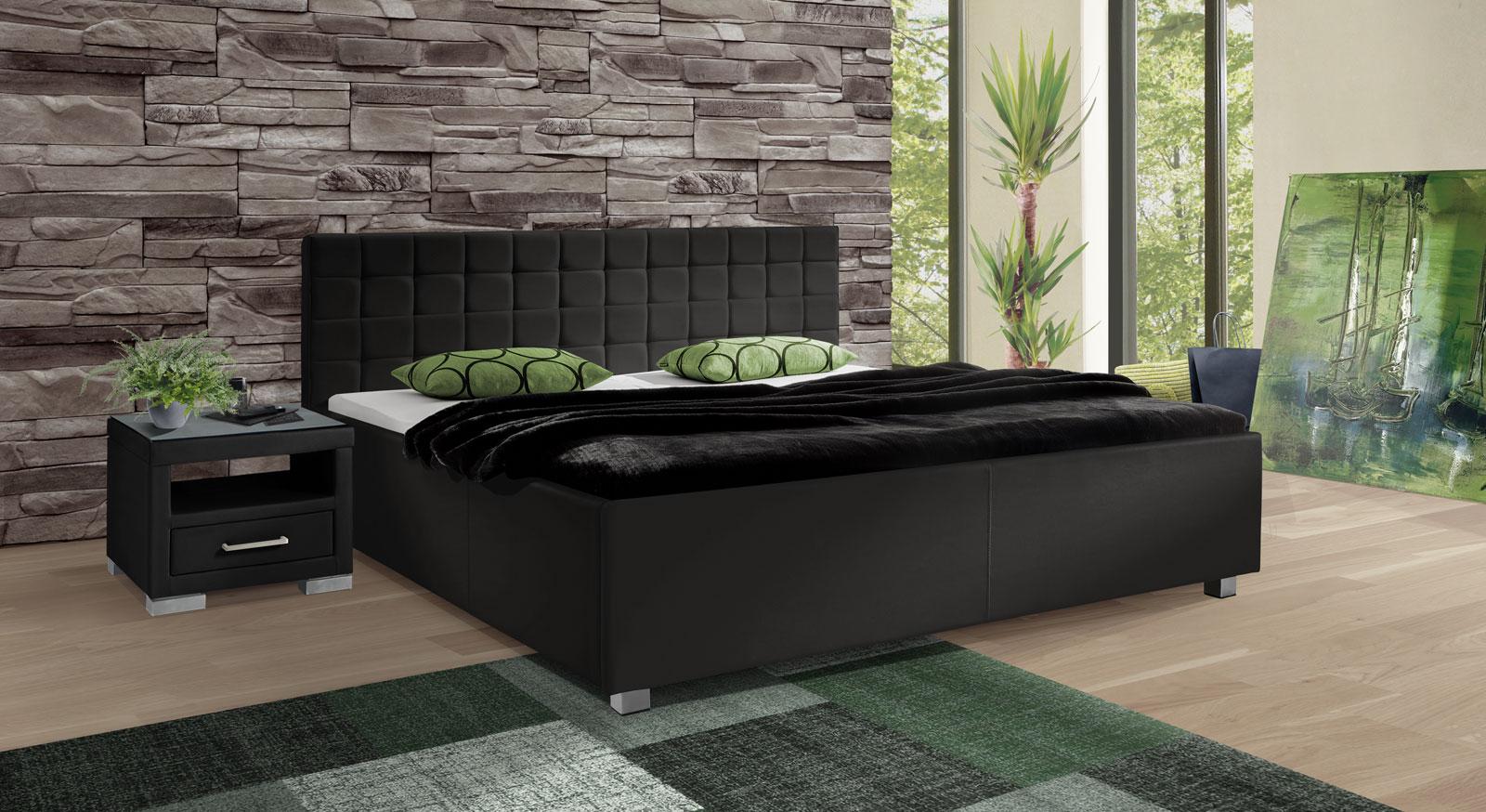 bett in 180x200 cm in wei aus kunstleder withernsea. Black Bedroom Furniture Sets. Home Design Ideas