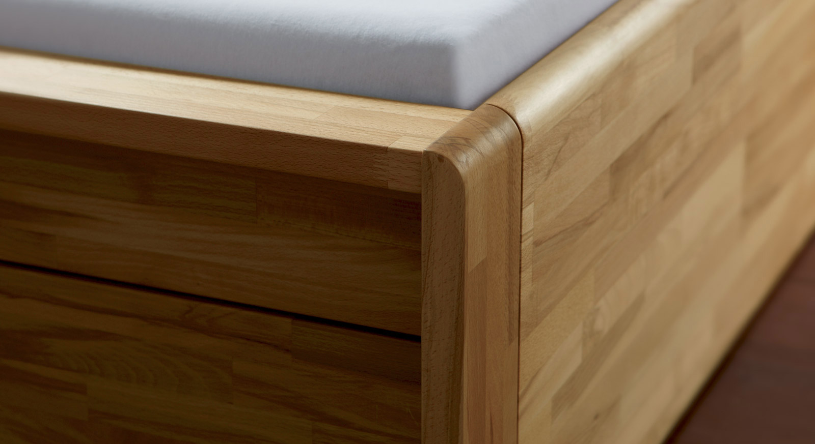 gro es bett mit stauraum. Black Bedroom Furniture Sets. Home Design Ideas