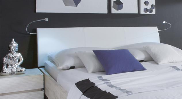 Doppelbett Salou Kopfteil aus weißem Kunstleder