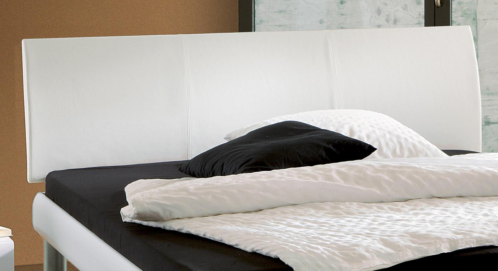Bett Trentino Kopfteil bequem aus Kunstleder hochwertig verarbeitet