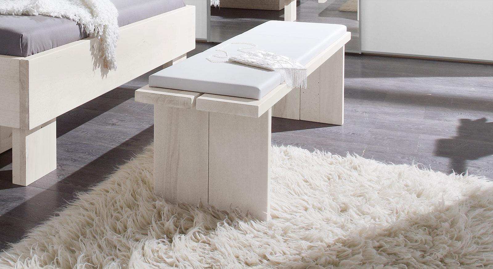 Schlafzimmer bank z. b. in weiß aus wildbuche   nemea