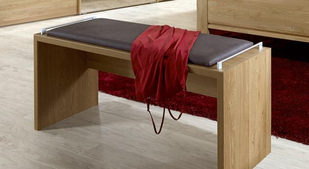 Praktische Polsterbank Für Ein Bett In Eiche-Dekor - Quebo