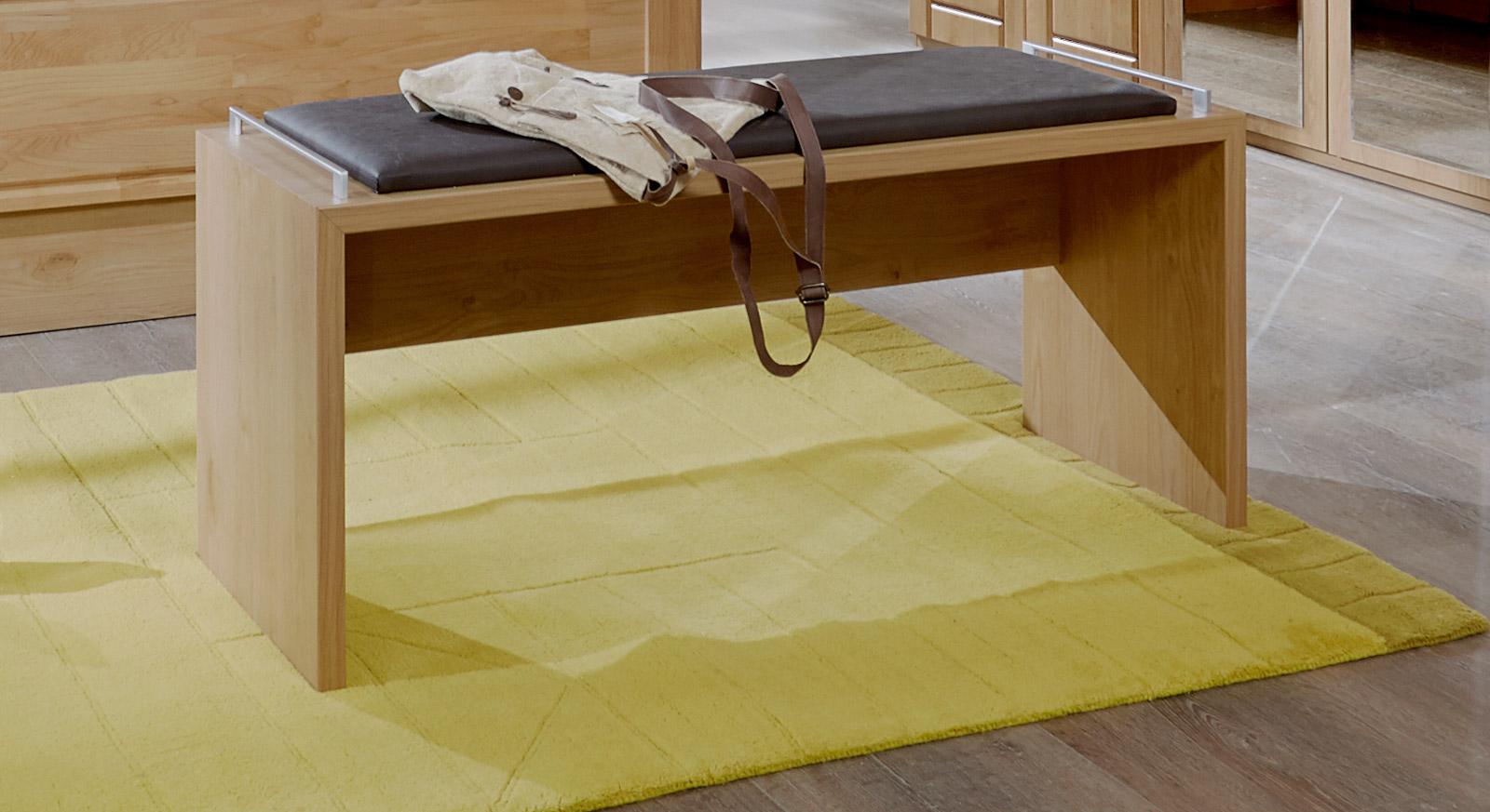 Bettbank Trikomo bietet eine angenehme Sitzhöhe