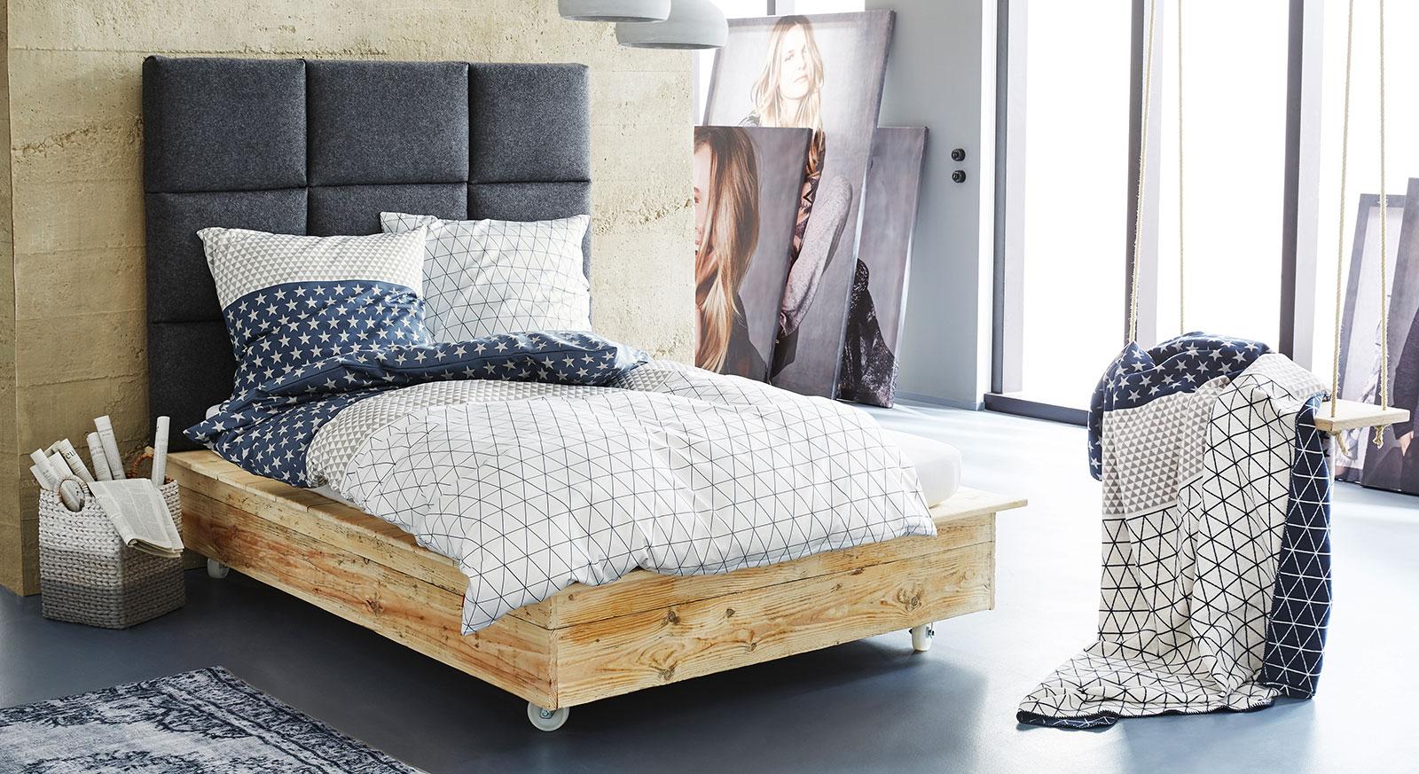 Bettwäsche s.Oliver Muster weiß-blau mit Kuscheldecke