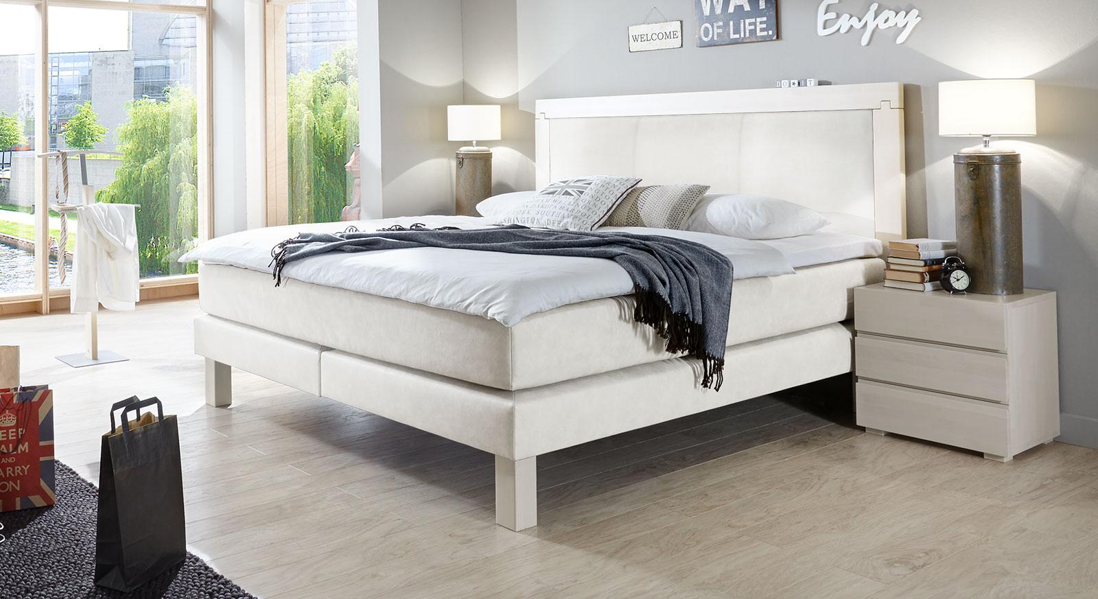 boxspring bett holzrahmen. Black Bedroom Furniture Sets. Home Design Ideas