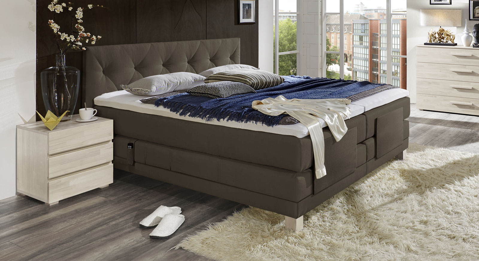 boxspringbett mit motor verstellbar cantabria elektro. Black Bedroom Furniture Sets. Home Design Ideas