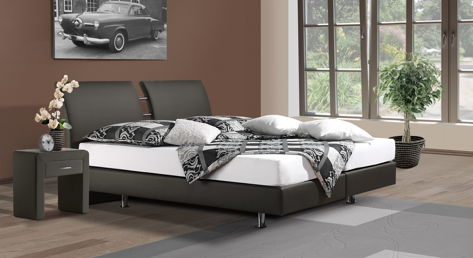 g nstiges boxspringbett aus kunstleder und chrom fernando. Black Bedroom Furniture Sets. Home Design Ideas