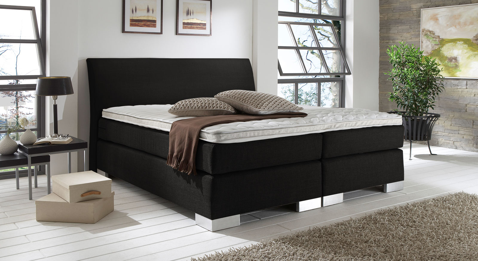 Boxspringbett Lato in schwarzem Cricket-Stoff