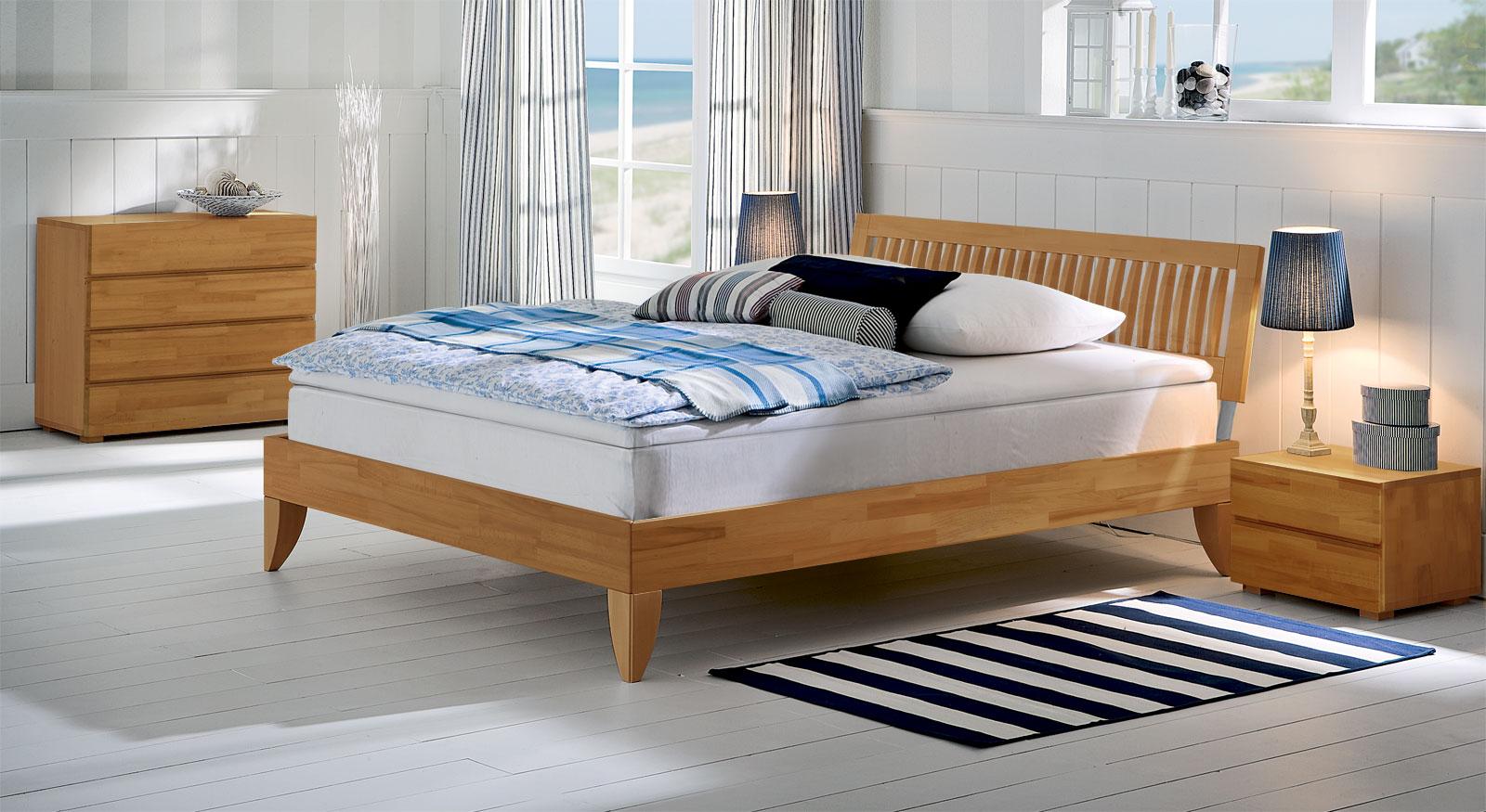boxspringbett aus massivholz mit sprossen kopfteil nias. Black Bedroom Furniture Sets. Home Design Ideas