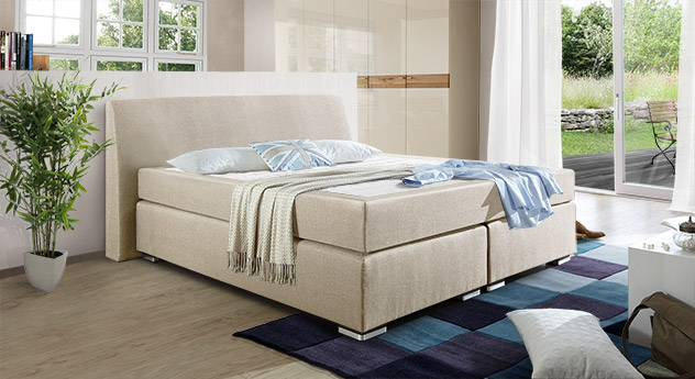 Modernes Boxspringbett Roseberry aus Webstoff in Creme