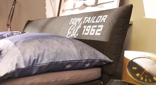 modernes tom tailor color design boxspringbett mit kopfteil. Black Bedroom Furniture Sets. Home Design Ideas