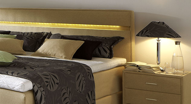 boxspringbett mit led lichtleiste im kopfteil vincenzo. Black Bedroom Furniture Sets. Home Design Ideas