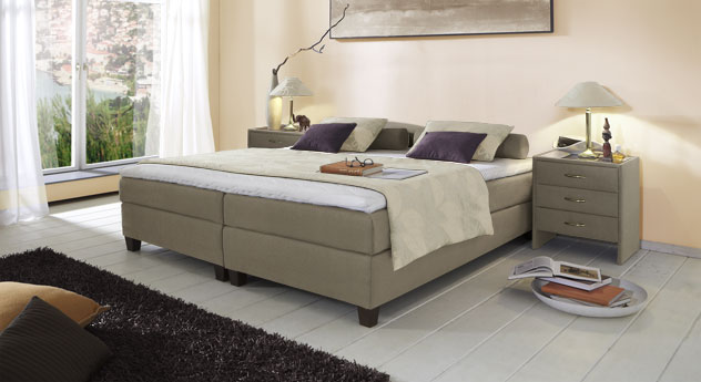 Boxspringliege Luciano in 53 cm Höhe mit Stoffbezug in Taupe