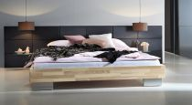 schwebendes bett aus eschenholz mit kopfteil bett portland. Black Bedroom Furniture Sets. Home Design Ideas