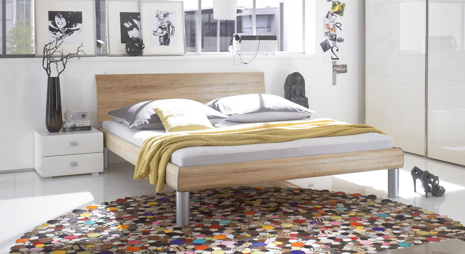 Doppelbett Mendo in Eiche und 20cm