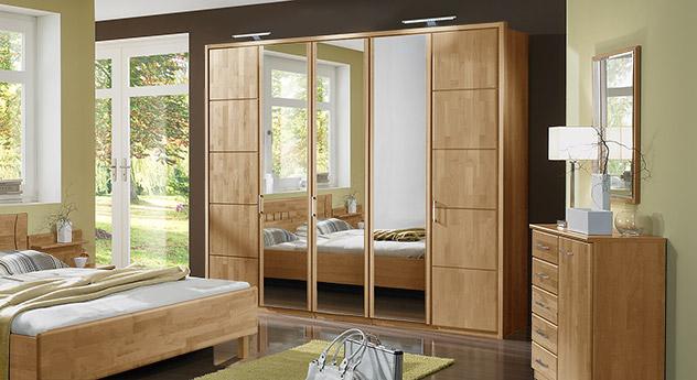 Schlafzimmerschrank modern mit spiegel  Schlafzimmerschrank mit Drehtüren in Erle teilmassiv - Beyla