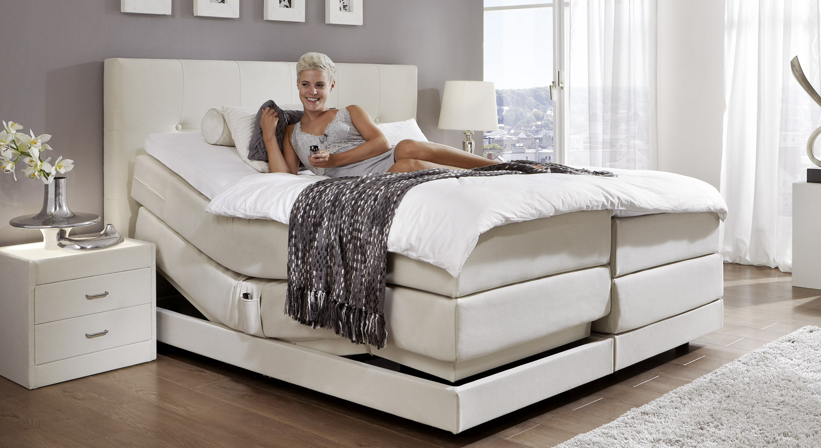 boxspringbett mit bettkasten elektrisch. Black Bedroom Furniture Sets. Home Design Ideas