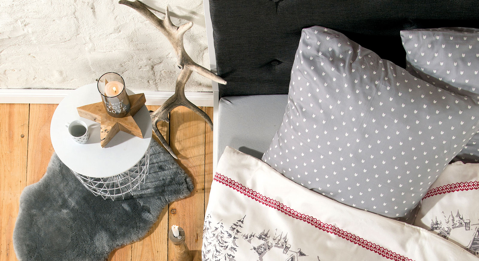 Feinflanell-Bettwäsche Winterlove mit grau-weißen Kissen
