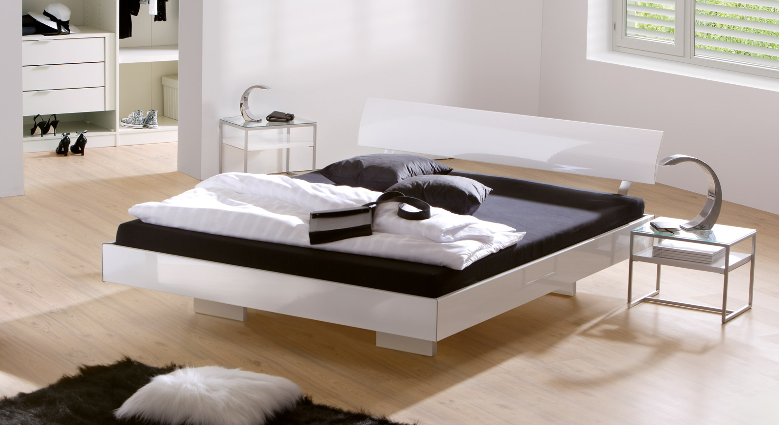 Contemporary White High Gloss Bedroom Furniture
