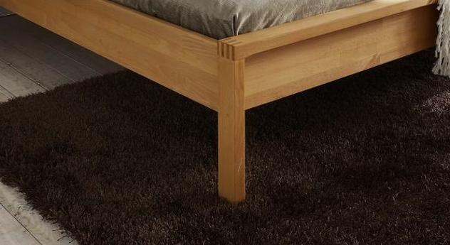 Das Bettbein von Holzbett Linea