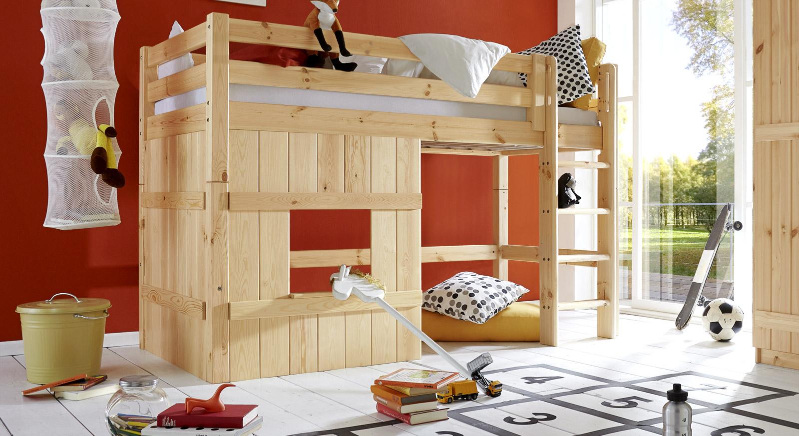 Naturfarbenes Hütten-Hochbett Kids Paradise Basic in 140cm Höhe mit gerader Leiter
