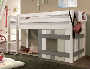 stabile hochbetten f r kleinkinder im kinderzimmer. Black Bedroom Furniture Sets. Home Design Ideas