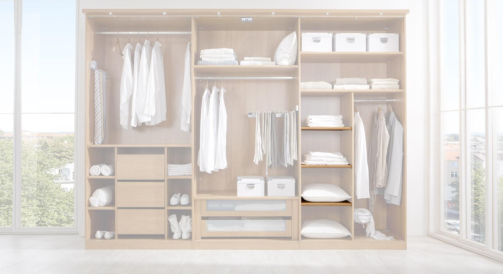Schmaler Einlegeboden der Innenausstattung für Kleiderschränke