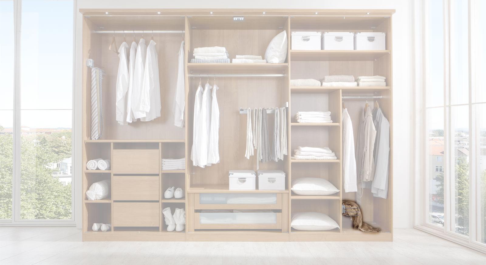 Utensilien-Auszug der Innenausstattung für Kleiderschränke