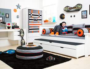 jugendzimmer komplett einrichten mit m beln von. Black Bedroom Furniture Sets. Home Design Ideas