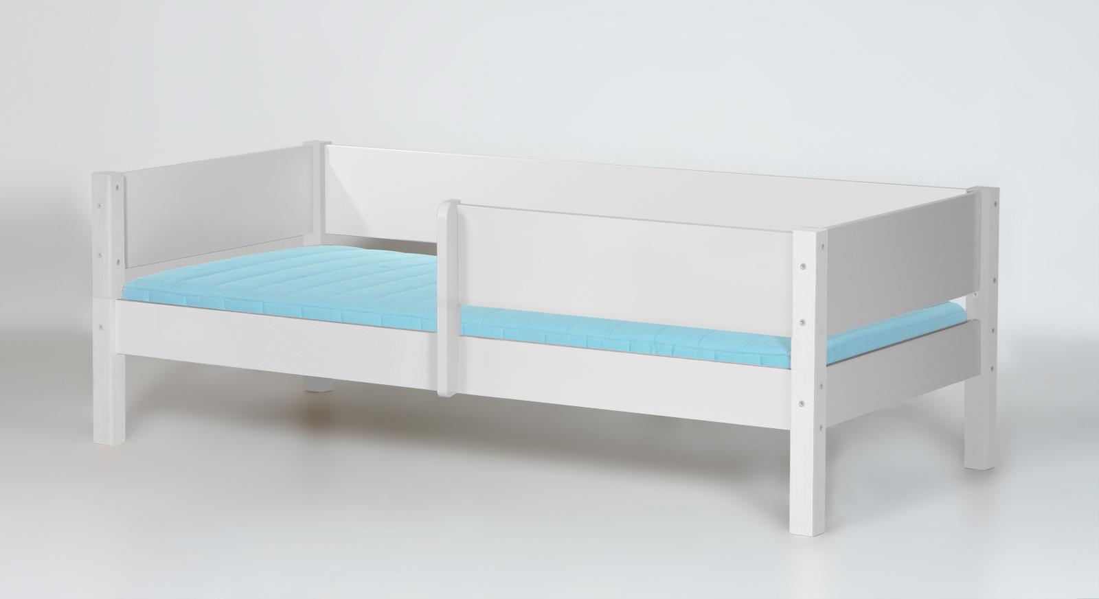 Kinderbett weiß  Kinderbett inkl. Absturzsicherung und Lattenrost - Kids Town