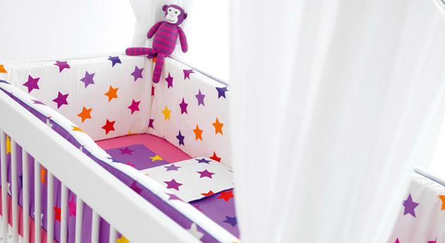 Babybett LIFETIME Original passendes Nestchen und Bettwäsche
