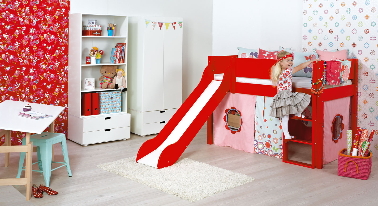 komplettes kinderzimmer f r m dchen im set kids town girls. Black Bedroom Furniture Sets. Home Design Ideas