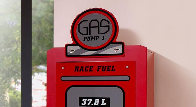 Kleiderschrank Gas Pump mit Zapfsäulen-Optik