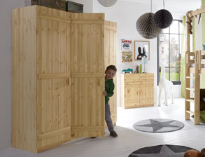 Kleiderschrank Kids Paradise Aus Robustem Massivholz