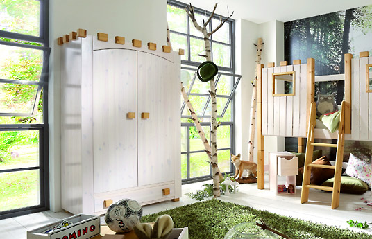 kinderzimmer kleiderschrank ritterburg aus kiefer in wei. Black Bedroom Furniture Sets. Home Design Ideas